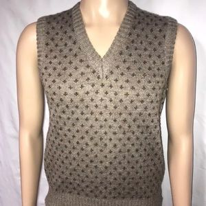 Vintage Hemingway Point V-Neck Sweater Vest - Med